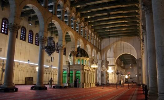 l-interno-della-moschea-degli-omayyadi-damasco-settembre-2008orig_main